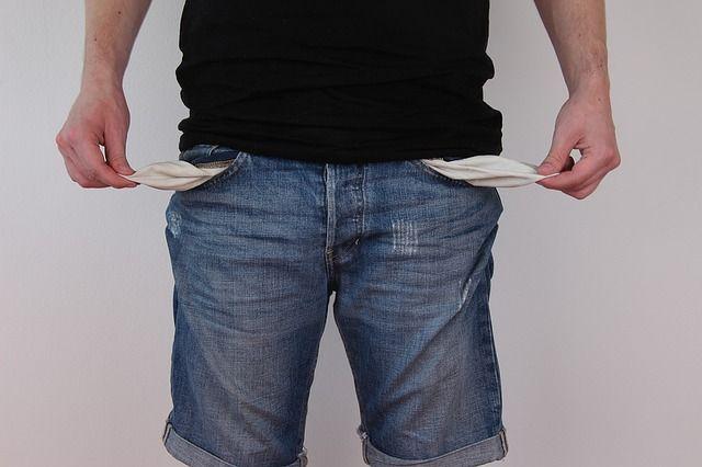 pobreza y bolsillos vacios