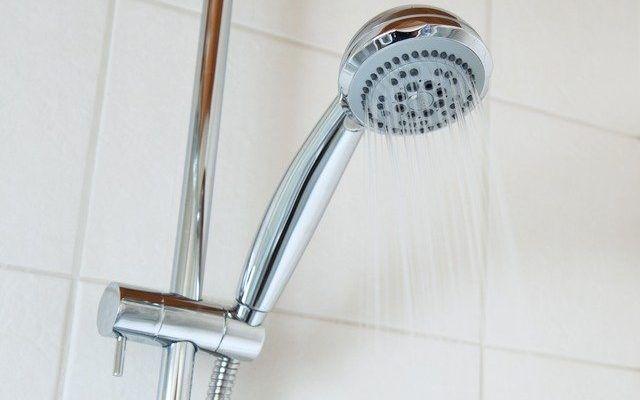 ducha agua fria