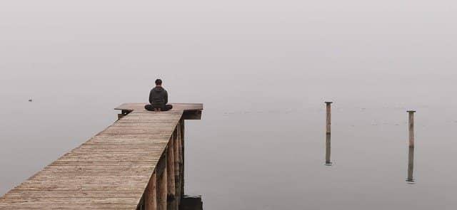 micro habito de meditar durante dos minutos