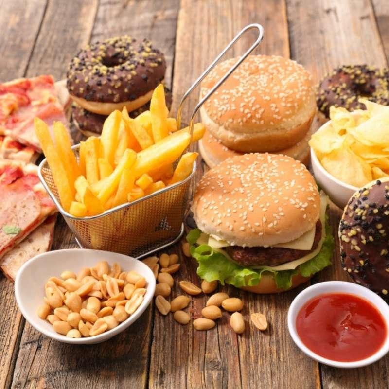 comida basura te hace estar desmotivado para estar en forma